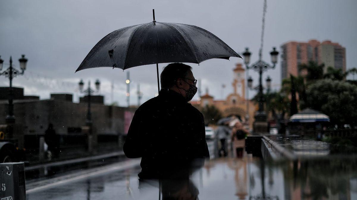 Jornada de precipitaciones en Santa Cruz de Tenerife.