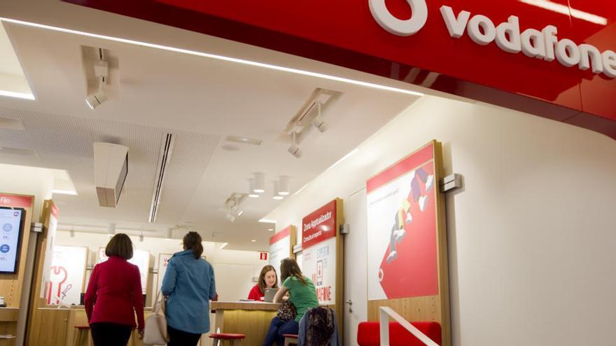 Vodafone logra un beneficio semestral de 1.555 millones