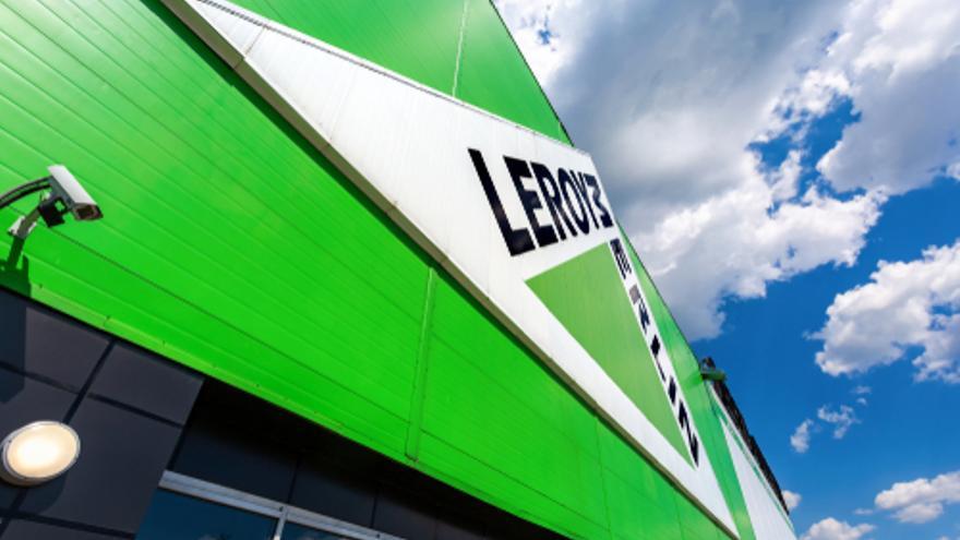 Los centros de Leroy Merlin de Valencia reclaman personal para reforzar sus plantillas