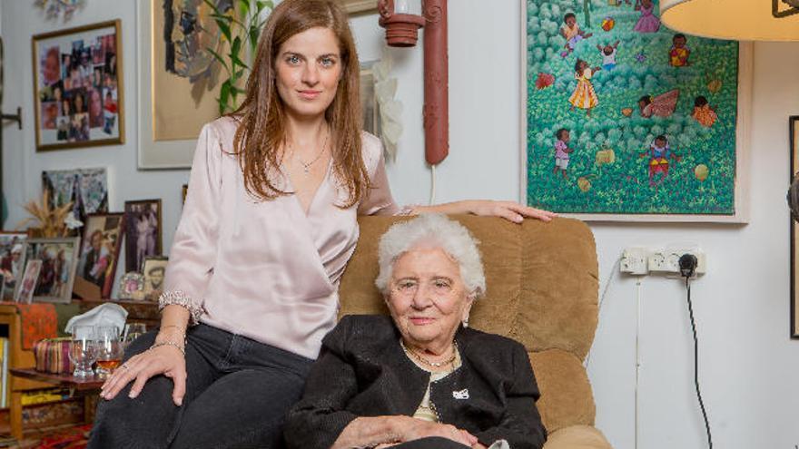 La centenaria viuda de Dayan zurce el conflicto de  Oriente Medio
