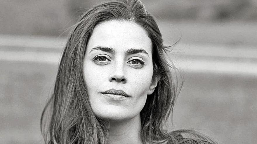"""Lorena Franco: """"Cuando escribo, visualizo las escenas como si fueran una serie"""""""
