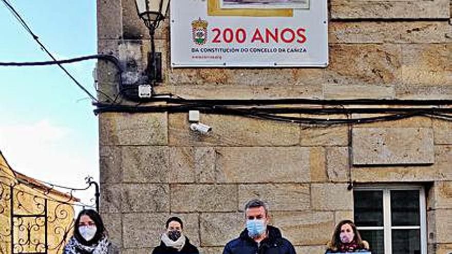 El Concello de A Cañiza apoya al comercio local en su campaña 'Agasállate no Nadal'