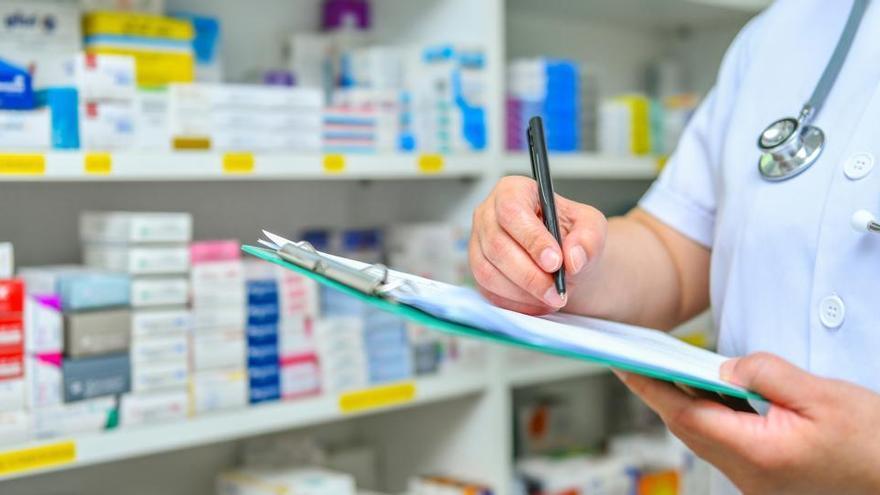 """Las farmacias piden hacer PCR ante """"la grave situación"""""""
