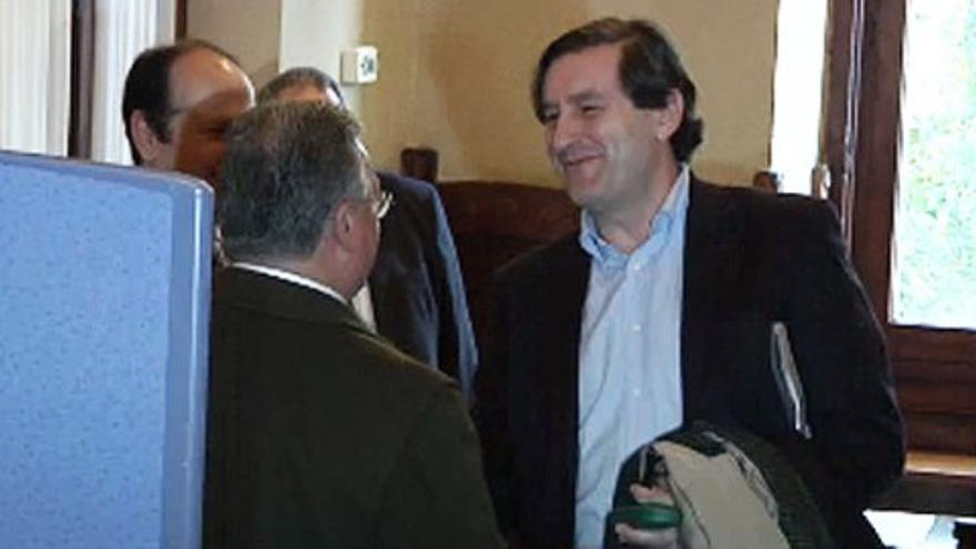 Los propietarios de Almacenes Pumarín e Igrafo comparecen en la comisión del caso Marea
