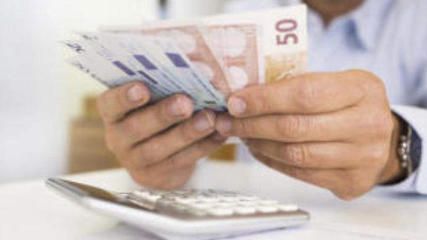 El salario medio en Canarias se sitúa en 1.477 euros al cierre de 2019