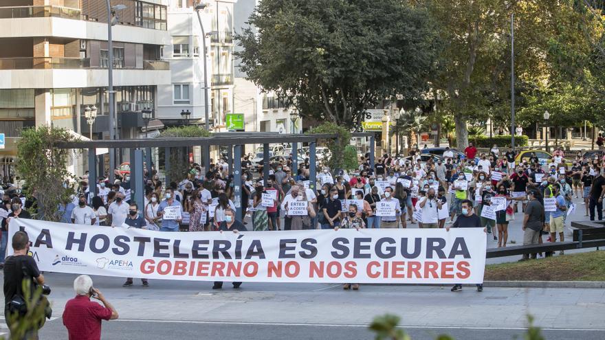 Colomer y Mazón critican la nueva prórroga de 21 días  para las restricciones a la hostelería
