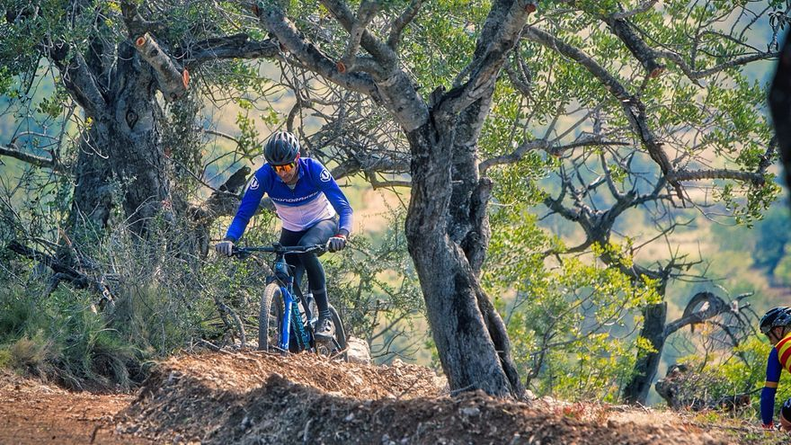 El ciclista de élite BTT Tomi Misser 'se lanza' en Benicarló