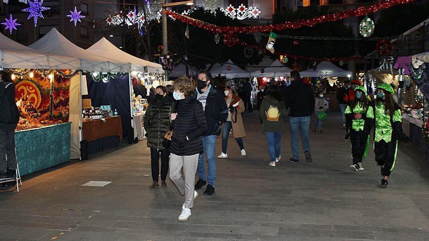 Sagunt inaugura el mercado       de Reyes