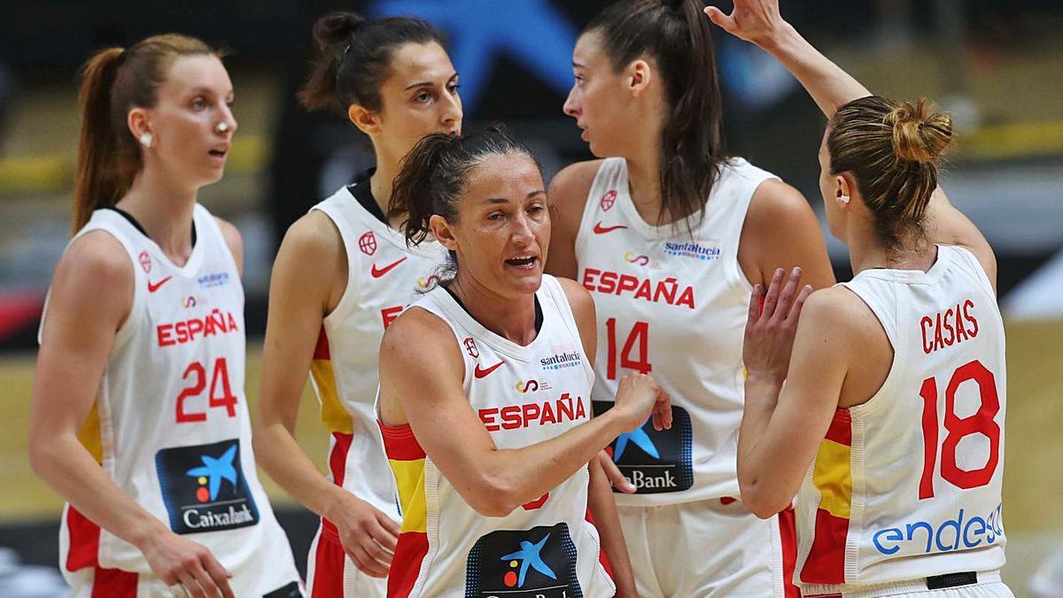 La Fonteta dio alas a la selección española que fue muy superior a Turquía.   FRANCISCO CALABUIG
