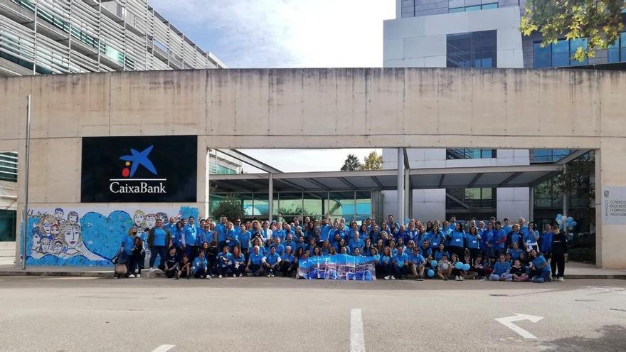 Voluntarios de CaixaBank en Baleares comparten jornada solidaria con medio centenar de personas vulnerables