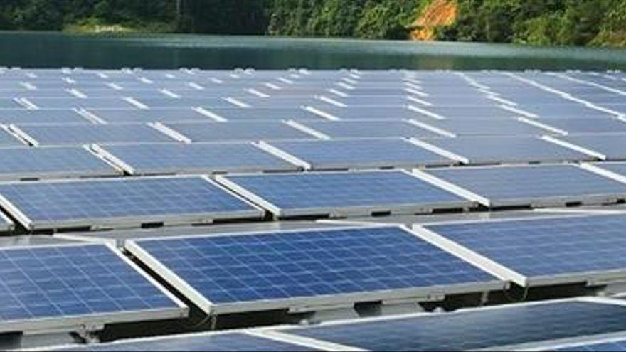 La Diputación le pide al Gobierno central y la Junta una moratoria para los parques fotovoltaicos del Guadalhorce y Sierra de las Nieves