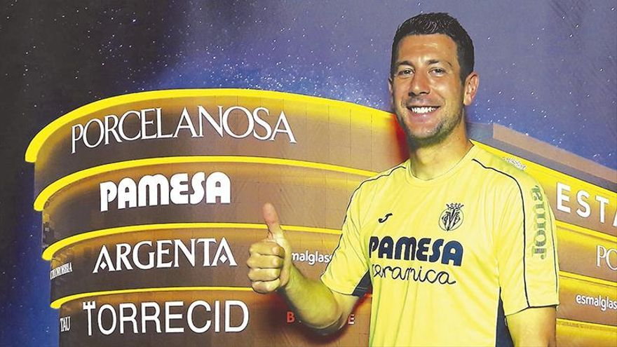 Bonera: «Del 1 al 10, quiero quedarme en el Villarreal un 10»