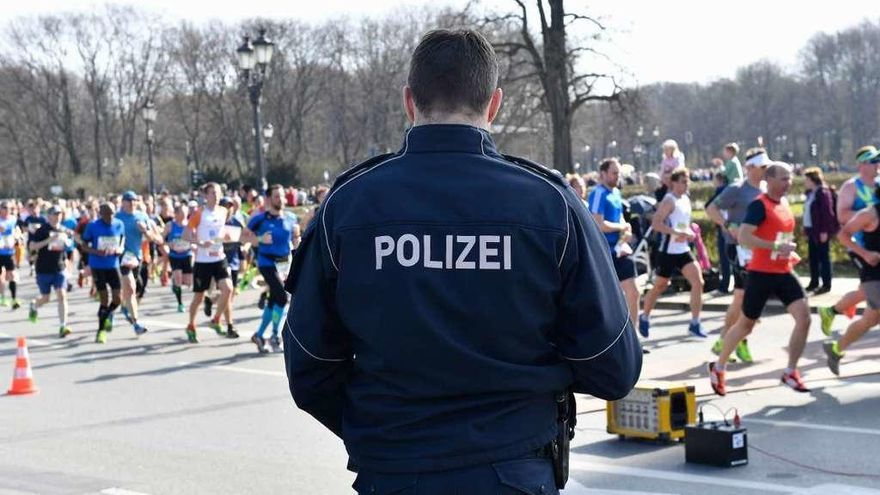 Detenidos en Berlín seis sospechosos de preparar un ataque con cuchillos