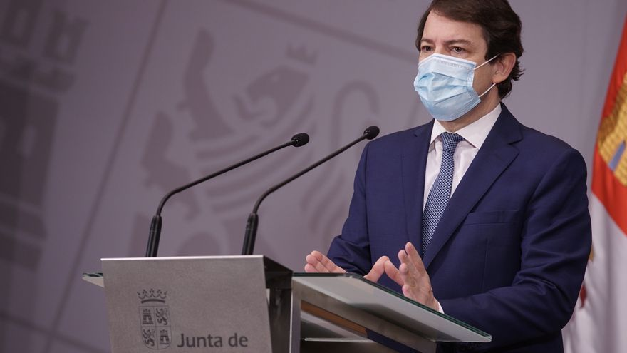 """Mañueco: """"El toque de queda protege la vida, un derecho esencial sin el que existiría el resto de derechos"""""""