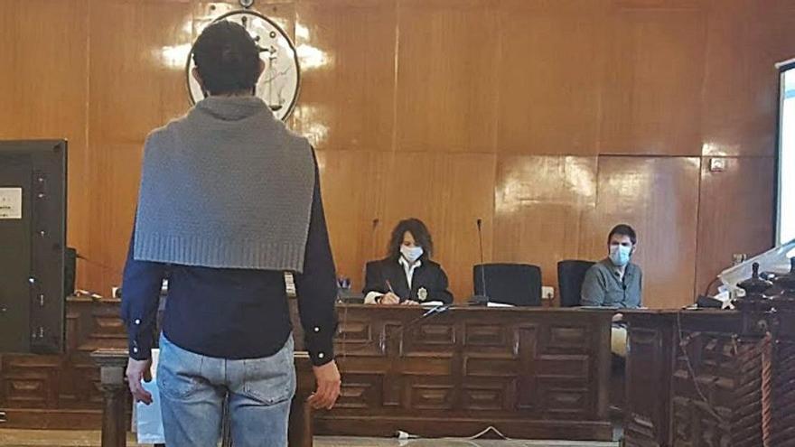 Condenado a 24 años de cárcel por abusar de sus dos hijas durante una década