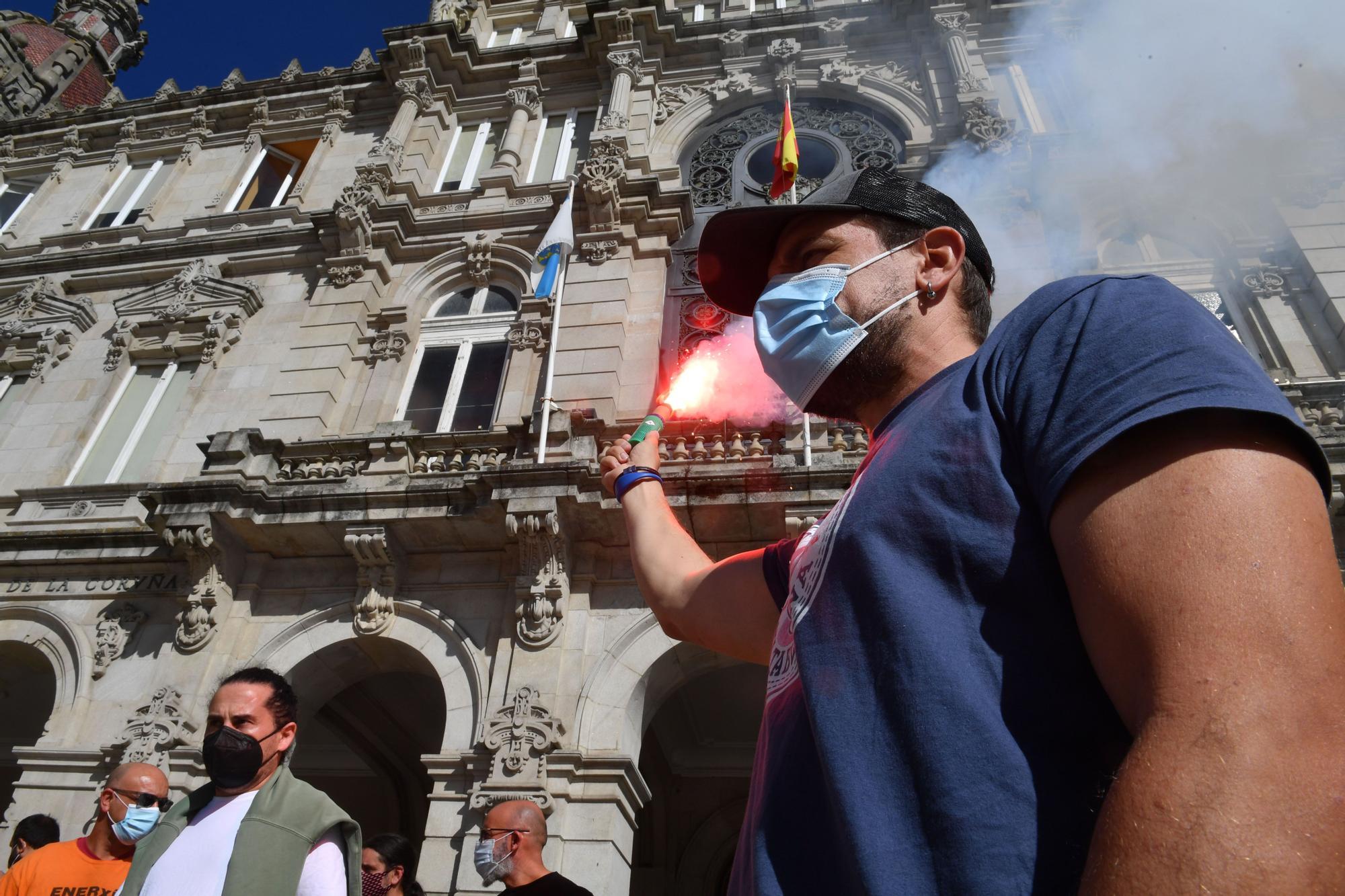 Nueva proteta de la plantilla de Alu Ibérica, sin cobrar y a la espera de ERTE