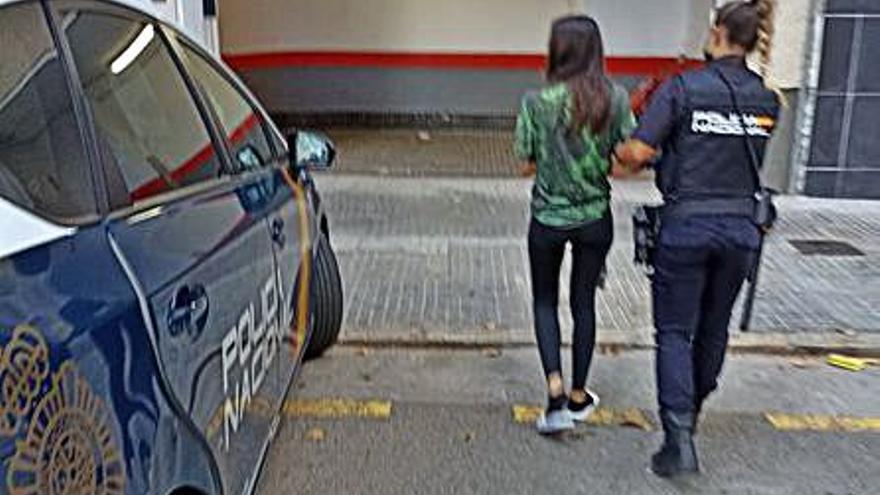 Detenida en Palma por amenazar con un cuchillo a su compañera de piso