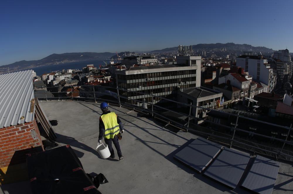 Obras de reforma en la nueva sede del Celta // R. Grobas