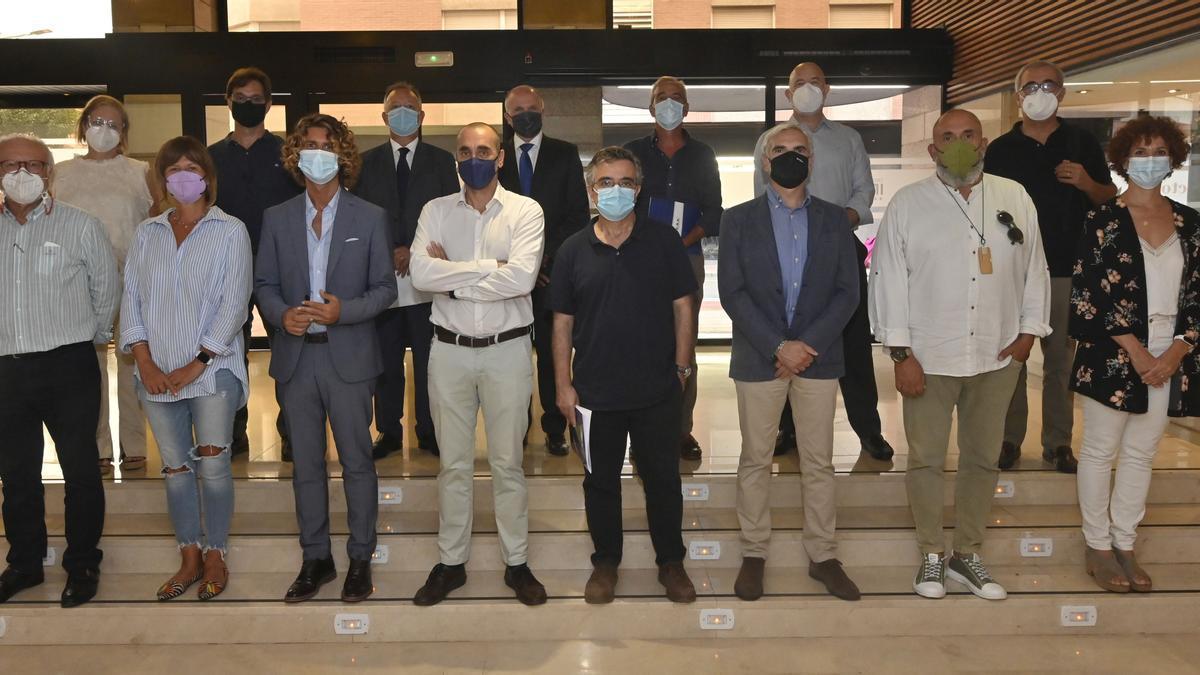 Imagen de parte de los integrantes del jurado de la convocatoria de 'Mediterráneo', patrocinada por Telefónica.