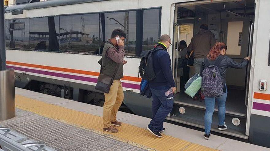 Renfe anuncia más trenes entre Castelló y Vinaròs