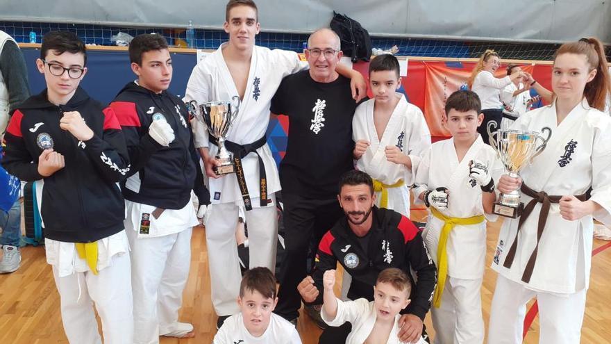 Hugo Cruz se alza con el campeonato en la categoría sénior de kumite en el II Spanish Championship Kyokushin-Kan