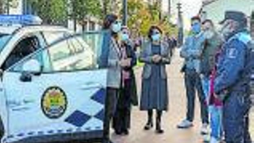 La Policía Local de Tomiño incorpora un coche híbrido para proteger el medio ambiente