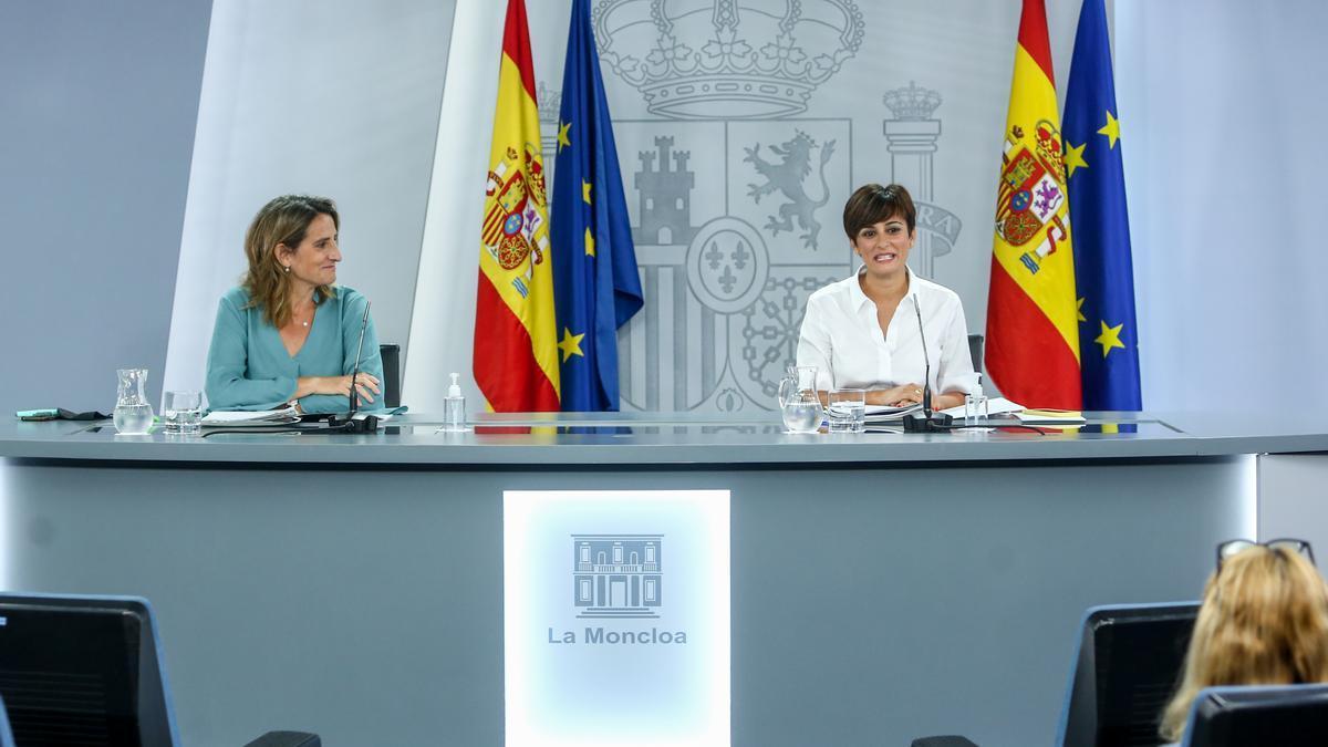 Teresa Ribera e Isabel Rodríguez.
