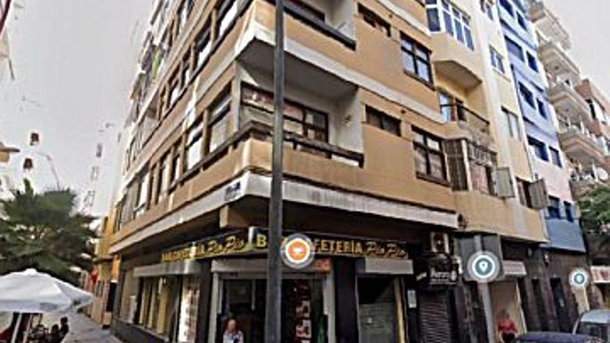 117.000 € Venta de piso en Las Canteras (Las Palmas G. Canaria) 31 m2, 1 baño, 3.774 €/m2...