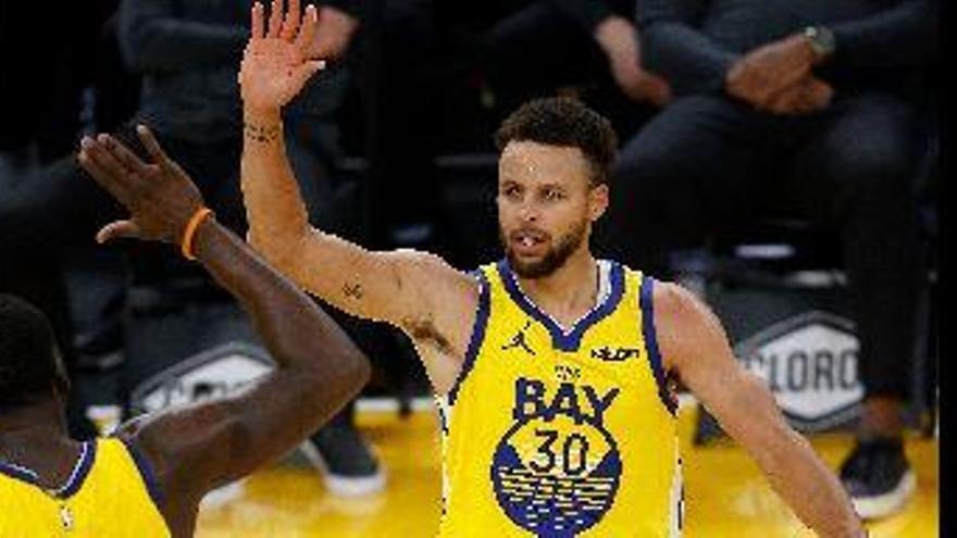 62 puntos de Curry, ¿con qué canasta te quedas?