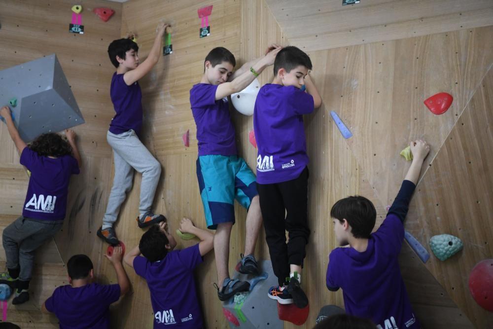 La Agrupación de Montañeros Independientes estrena local de escalada