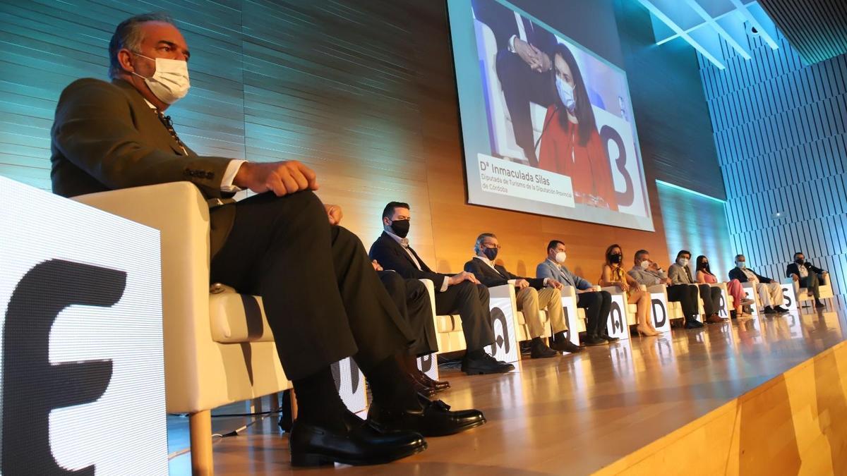 Autoridades públicas y privadas se han dado cita esta mañana en la 3ª Jornada Embajadores de Córdoba en el Palacio de Congresos