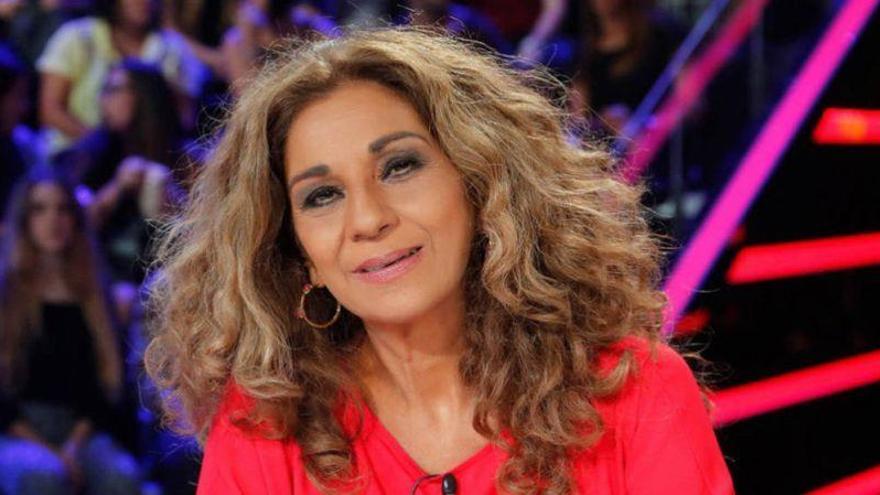 Lolita Flores y Luis Mottola llegan a Agüimes con 'Prefiero que seamos amigos'