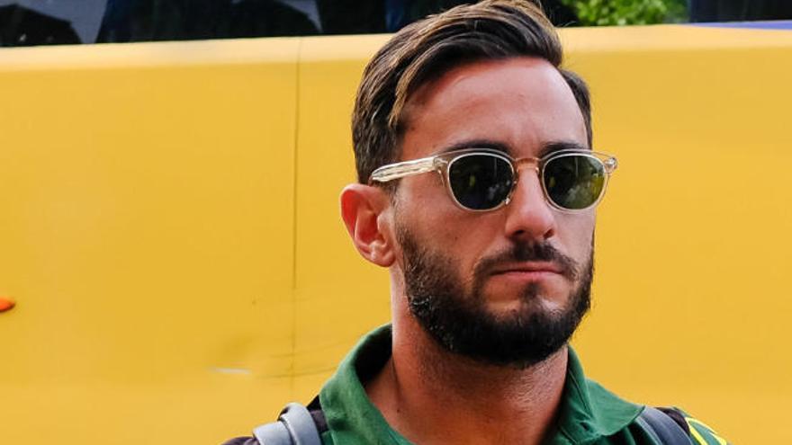 Aquilani no viaja a Inglaterra y certifica su salida de la UD