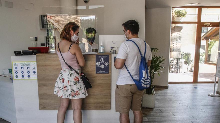 Los hoteles de Alicante exigen al Consell que acabe con las restricciones covid para congresos y convenciones