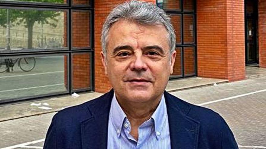 Muñoz Murgui es elegido nuevo decano de la facultad de Economía