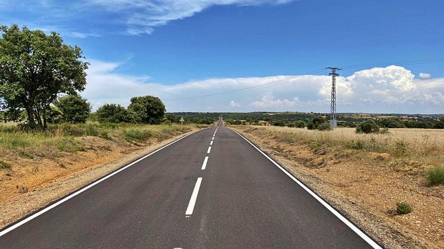 La Diputación mejora la carretera de acceso a la fortaleza de Castillo de Alba
