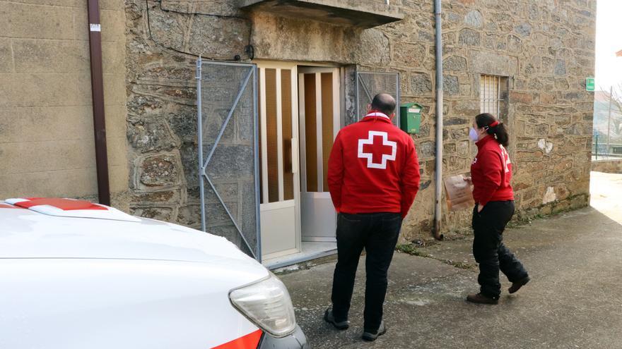 Cruz Roja Zamora vuelve a repartir medicamentos casa por casa en apoyo al Hospital Provincial