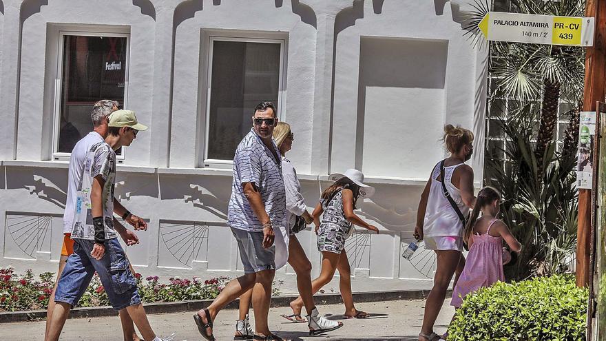 Las consultas en la Oficina de Turismo de Elche se disparan un 400% en un año