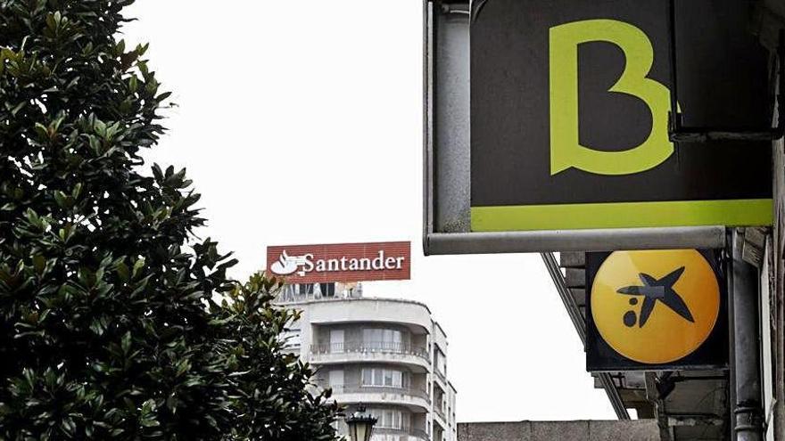 Liberbank y Sabadell suben en Bolsa como posibles candidatos a nuevas fusiones