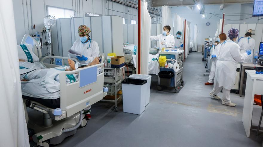 Sanidad notifica 8.167 nuevos casos de Covid-19 y 16 muertes y la incidencia cae a 104