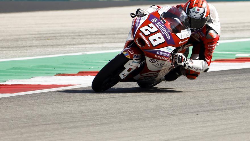 Victoria de Izan Guevara en una carrera con doble bandera roja en Moto3