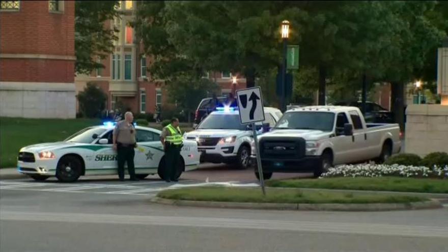 Dos muertos en un tiroteo en una universidad de Carolina del Norte