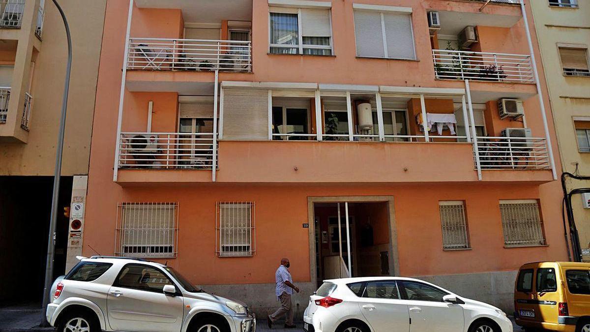 El edificio de la calle Joan Muntaner i Bujosa de Palma donde se produjo la agresión machista.