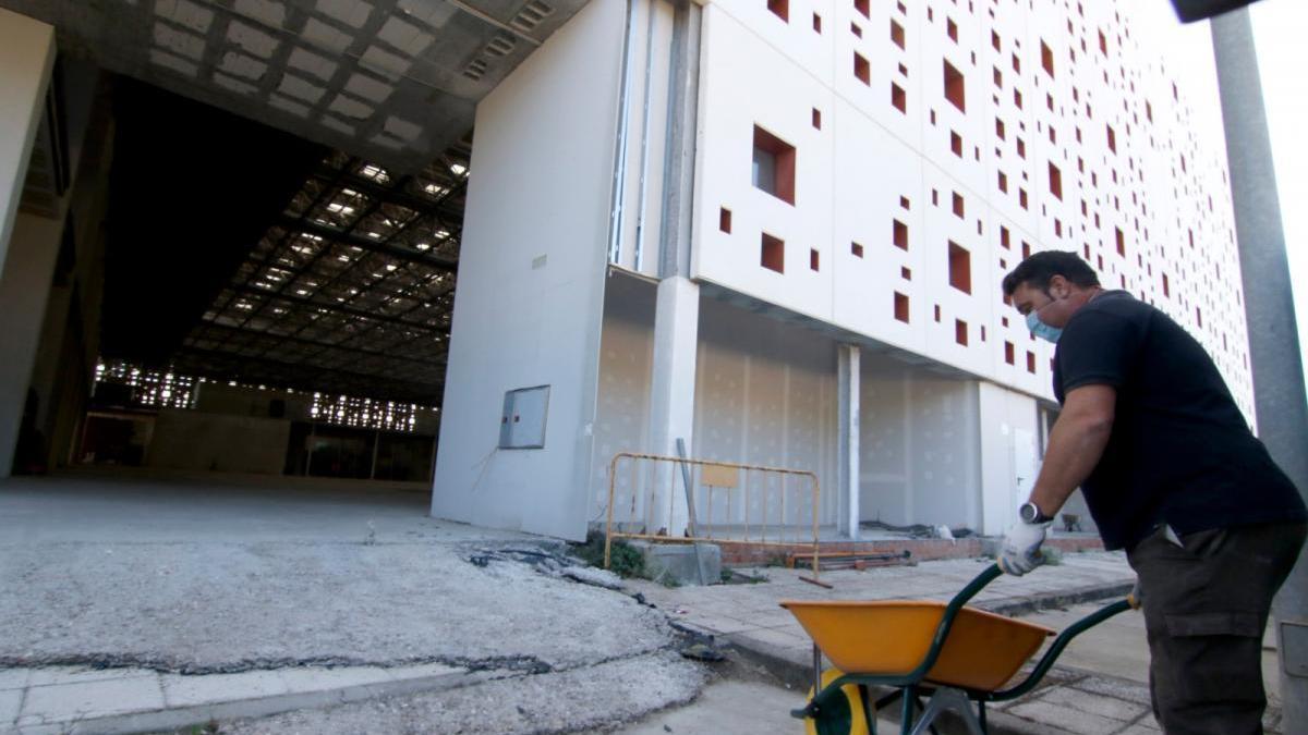 Podemos denuncia la parálisis de las obras del Centro de Convenciones