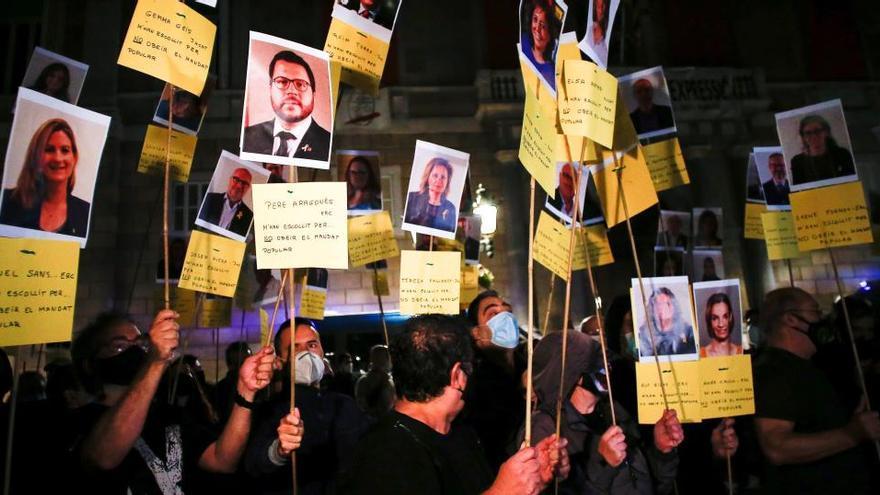 """Los CDR se concentran para exigir a los partidos que cumplan el """"mandato del 1-O"""""""