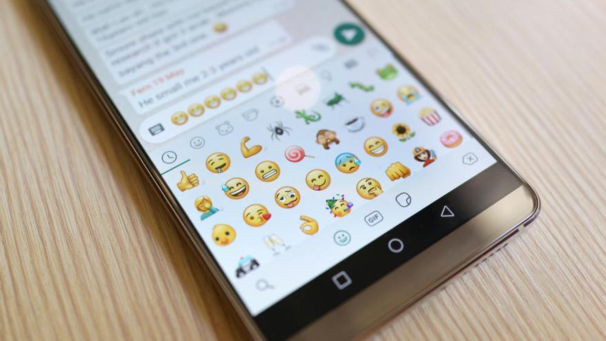 Así es el modo vacaciones que prepara WhatsApp para desconectar de los chats