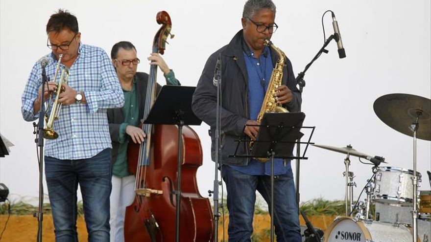 Cristóbal agromonte y Ángel Andrés Muñoz trío