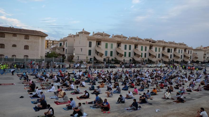 La comunidad musulmana de Mazarrón dedica su rezo del viernes a Younes
