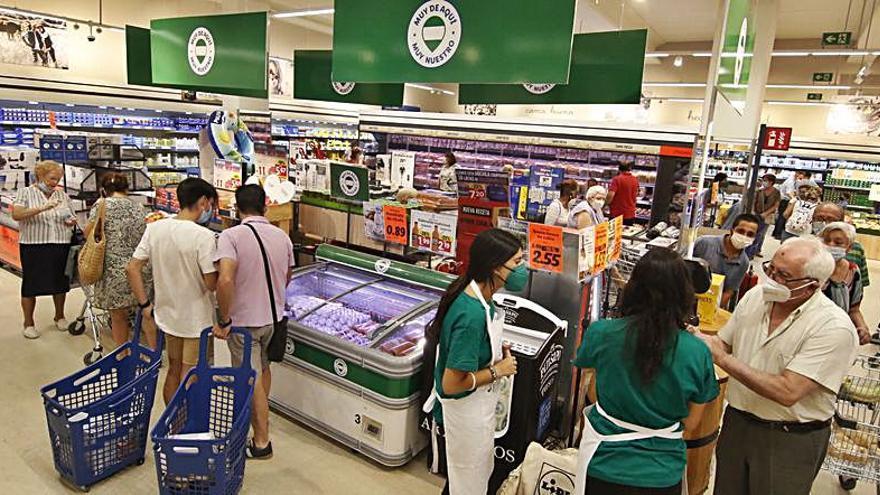 Gran acogida a la tercera tienda de Lidl en Córdoba