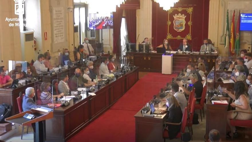Bronca entre Francisco Pomares y Salvador Trujillo en el pleno del Ayuntamiento de Málaga